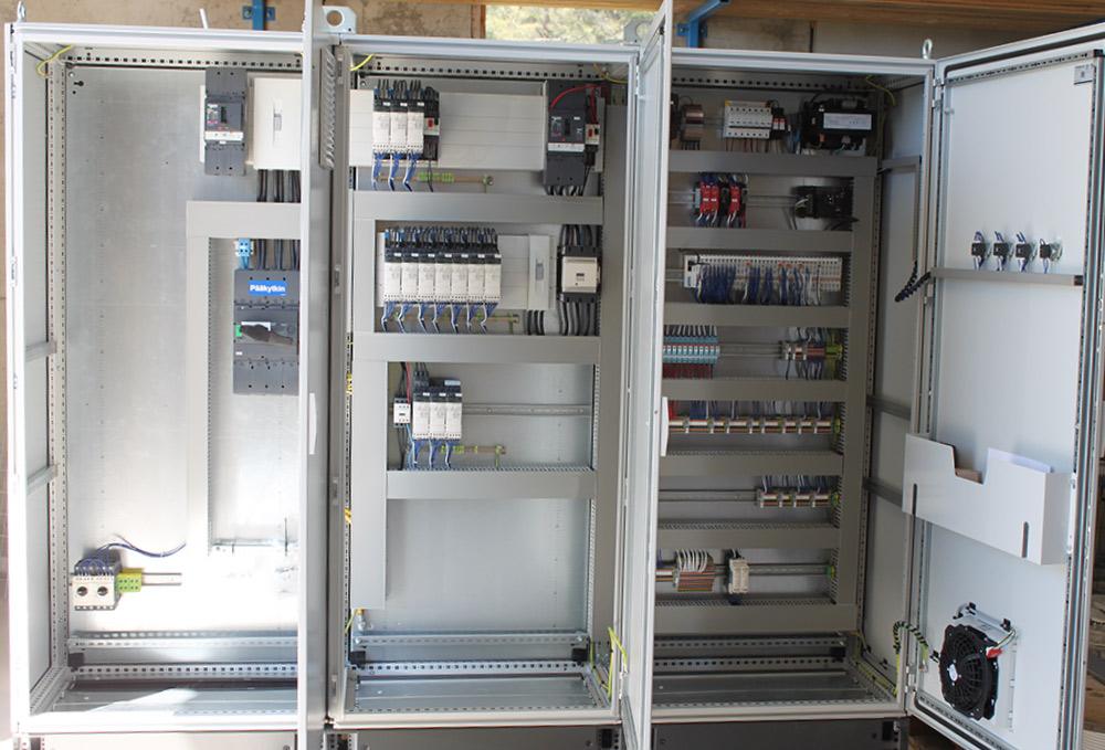 Sähkö- ja automaatiokeskukset